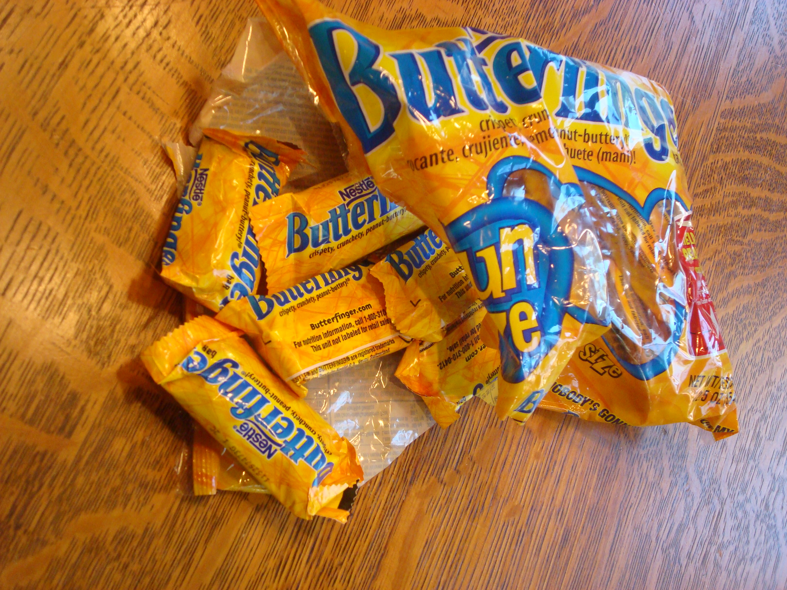 One year of blogging, thirty years of Butterfingers, and a Happy Halloween